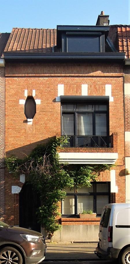Rue Guillaume Crock 22, Auderghem, élévation principale (© C. Dubois, photo 2020)