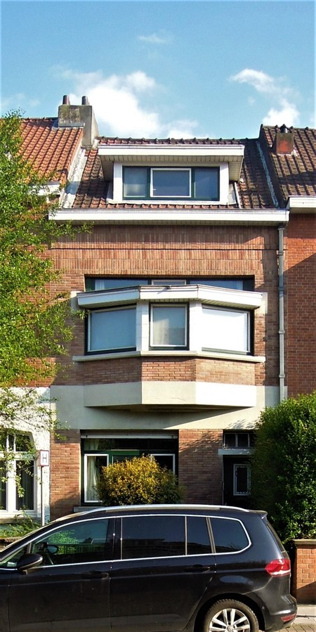 Avenue Jean Vanhaelen 30, Auderghem, élévation principale (© C. Dubois, photo 2020)
