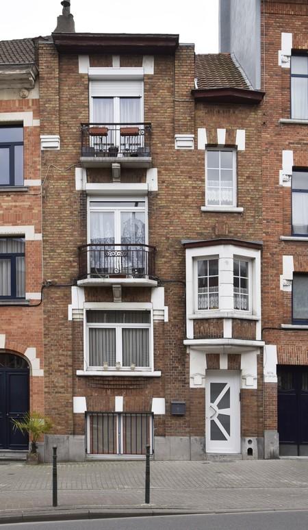 Rue Émile Delva 45, Bruxelles Laeken, élévation principale (photo ARCHistory/APEB © urban.brussels, photo 2018)