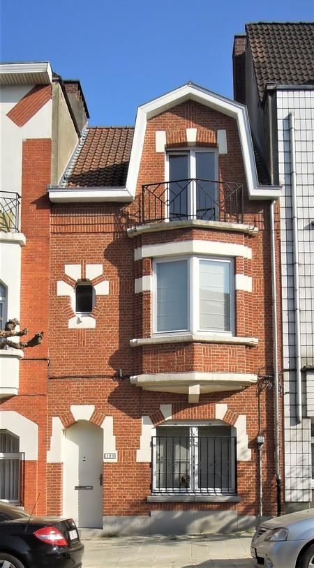 Avenue Léon Mahillon 129, Schaerbeek, élévation principale (© C. Dubois, photo 2020)