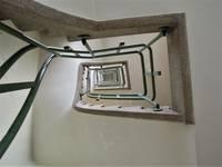 Avenue de l'Université 106, Ixelles, cage d'escalier (© C. Dubois, photo 2020)