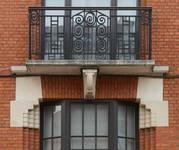 Rue des Augustines 98, Jette, balcon du premier étage (© ARCHistory/APEB, photo 2020)