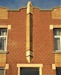 Square Prince Léopold 47, Bruxelles Laeken, élément décoratif central (© C. Dubois, photo 2020)