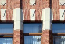 Rue des Augustines 69, Jette, fenêtres du premier étage (© ARCHistory/APEB, photo 2020)
