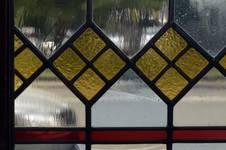 Place de la Grotte 5, Jette, détail d'un vitrail de la salle à manger (© ARCHistory/APEB, photo 2020)