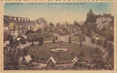 Vue ancienne de la Grotte Notre-Dame de Lourdes, Jette. À l'arrière, on voit poindre la tourelle du 5 place de la Grotte (© Collection cartes postales Brussels Art Deco Society)